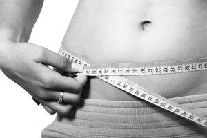 Perdre du poids avec ces boissons et plats avec le curcuma